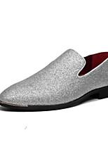 abordables -Hombre Cuero de Cerdo Primavera / Otoño Confort Zapatos de taco bajo y Slip-On Negro / Plata / Azul