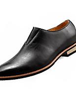 Недорогие -Муж. Комфортная обувь Полиуретан Лето Мокасины и Свитер Черный / Коричневый / Для вечеринки / ужина