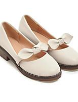 Недорогие -Жен. Кожа Лето Удобная обувь Обувь на каблуках На низком каблуке Белый / Черный / Миндальный