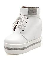 Недорогие -Жен. Комфортная обувь Полиуретан Наступила зима Ботинки Платформа Белый / Черный