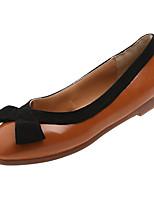 Недорогие -Жен. Комфортная обувь Полиуретан Осень Минимализм На плокой подошве На плоской подошве Бант Коричневый / Миндальный