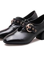 Недорогие -Жен. Наппа Leather Весна Удобная обувь Обувь на каблуках На толстом каблуке Белый / Черный / Бежевый