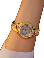 Недорогие -Жен. Наручные часы Кварцевый Секундомер Светящийся Повседневные часы сплав Группа Аналоговый Кольцеобразный Элегантный стиль Золотистый - Золотой / Имитация Алмазный