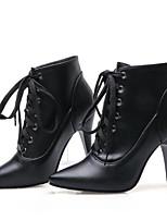 Недорогие -Жен. Комфортная обувь Полиуретан Зима Английский Ботинки На шпильке Черный