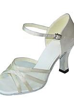 abordables -Femme Chaussures Latines Satin Sandale / Talon Talon Bobine Personnalisables Chaussures de danse Blanc / Noir / Kaki