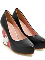 Недорогие -Жен. Комфортная обувь Полиуретан Весна Обувь на каблуках Туфли на танкетке Белый / Черный / Розовый