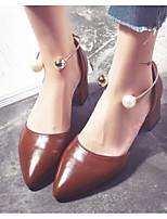 Недорогие -Жен. Комфортная обувь Полиуретан Весна & осень Обувь на каблуках На толстом каблуке Черный / Коричневый / Миндальный