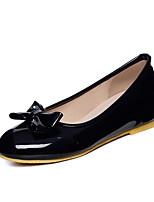 Недорогие -Жен. Комфортная обувь Микроволокно Весна На плокой подошве На плоской подошве Белый / Черный / Синий
