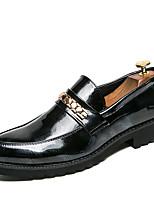 Недорогие -Муж. Официальная обувь Искусственная кожа Осень Английский Мокасины и Свитер Черный / Красный / Свадьба / Для вечеринки / ужина