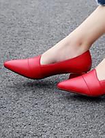 Недорогие -Жен. Балетки Полиуретан Осень Обувь на каблуках На толстом каблуке Черный / Красный
