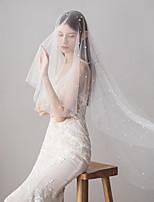 Недорогие -Один слой Старинный / Классический Свадебные вуали Фата до кончиков пальцев с Искусственный жемчуг / Однотонные Тюль