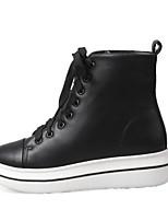Недорогие -Жен. Комфортная обувь Полиуретан Зима На плокой подошве На низком каблуке Заостренный носок Белый / Черный