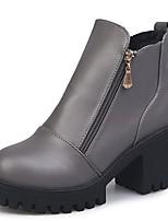 Недорогие -Жен. Ботильоны Полиуретан Осень Ботинки На толстом каблуке Круглый носок Черный / Серый / Темно-коричневый