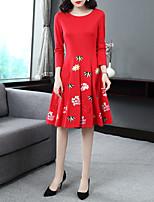 Недорогие -Жен. Винтаж / Классический С летящей юбкой Платье - Цветочный принт, Вышивка Средней длины