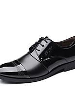 Недорогие -Муж. Комфортная обувь Полиуретан Осень Деловые Туфли на шнуровке Доказательство износа Черный