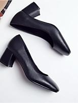 Недорогие -Жен. Комфортная обувь Наппа Leather Весна Обувь на каблуках На толстом каблуке Черный / Бежевый / Желтый