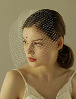 baratos -Uma Camada Estilo vintage / Estilo Clássico Véus de Noiva Véu Ruge com Cor Única / Cristal / Strass Tule