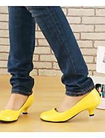 baratos -Mulheres Stiletto Couro Ecológico Primavera Saltos Salto Cone Amarelo / Pêssego / Rosa claro