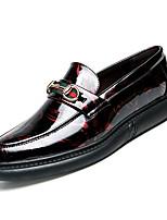 baratos -Homens Sapatos Confortáveis Couro Ecológico Outono Casual Mocassins e Slip-Ons Não escorregar Estampa Colorida Preto / Vermelho / Azul