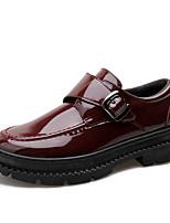 Недорогие -Муж. Комфортная обувь Лакированная кожа / Полиуретан Осень Туфли на шнуровке Черный / Винный
