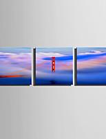Недорогие -С картинкой Роликовые холсты / Отпечатки на холсте - Пейзаж / Архитектура Modern