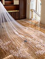 Недорогие -Два слоя С цветами / С кружевами Свадебные вуали Фата для венчания с Аппликации Кружева / Тюль