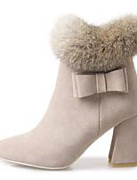 Недорогие -Жен. Ботильоны Замша / Кожа Зима Обувь на каблуках На толстом каблуке Заостренный носок Ботинки Цветы из сатина Черный / Миндальный