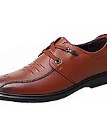 Недорогие -Муж. Комфортная обувь Кожа Осень Деловые Туфли на шнуровке Доказательство износа Черный / Коричневый