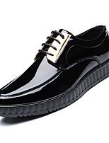 Недорогие -Муж. Комфортная обувь Лакированная кожа Осень Туфли на шнуровке Черный / Для вечеринки / ужина