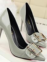 Недорогие -Жен. Комфортная обувь Лакированная кожа Весна Обувь на каблуках На шпильке Белый / Черный / Серый