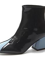 Недорогие -Жен. Fashion Boots Полиуретан Осень Минимализм Ботинки На толстом каблуке Квадратный носок Сапоги до середины икры Черный / Военно-зеленный / Контрастных цветов