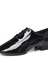 Недорогие -Муж. Обувь для латины Лакированная кожа На каблуках Толстая каблук Персонализируемая Танцевальная обувь Черный