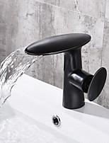 Недорогие -Ванная раковина кран - Водопад черный По центру Одной ручкой одно отверстие
