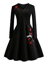 Недорогие -Жен. Винтаж / Элегантный стиль Оболочка / Маленькое черное Платье - Цветочный принт, Вышивка До колена
