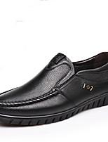Недорогие -Муж. Комфортная обувь Лакированная кожа Осень На каждый день Мокасины и Свитер Нескользкий Черный / Коричневый / Для вечеринки / ужина