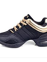 Недорогие -Жен. Танцевальные кроссовки Сетка Кроссовки Планка На плоской подошве Персонализируемая Танцевальная обувь Черный и золотой
