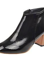 Недорогие -Жен. Fashion Boots Полиуретан Осень Ботинки На толстом каблуке Квадратный носок Черный / Бежевый / Хаки