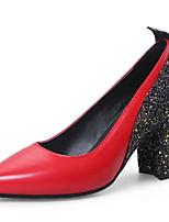 baratos -Mulheres Stiletto Couro Ecológico Primavera & Outono Saltos Salto Robusto Dedo Apontado Branco / Preto / Vermelho / Estampa Colorida
