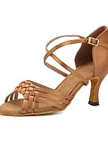 abordables -Femme Chaussures Latines Satin Sandale / Talon Boucle Talon Bobine Personnalisables Chaussures de danse Kaki