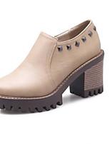 Недорогие -Жен. Комфортная обувь Замша / Полиуретан Весна Обувь на каблуках На толстом каблуке Черный / Розовый и белый / Темно-русый