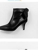 Недорогие -Жен. Ботильоны Наппа Leather Осень Обувь на каблуках На шпильке Заостренный носок Ботинки Цветы из сатина Черный