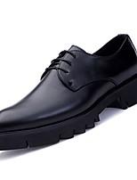 Недорогие -Муж. Комфортная обувь Полиуретан Осень Туфли на шнуровке Черный