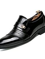 baratos -Homens Sapatos Confortáveis Couro Ecológico Outono Mocassins e Slip-Ons Preto / Marron / Festas & Noite