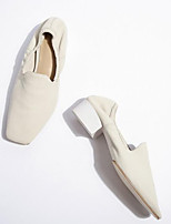 Недорогие -Жен. Балетки Овчина Осень Обувь на каблуках На толстом каблуке Белый / Черный