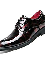 Недорогие -Муж. Комфортная обувь Полиуретан Осень На каждый день Туфли на шнуровке Водостойкий Черный / Красный