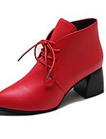 Недорогие -Жен. Ботильоны Полиуретан Осень Ботинки На толстом каблуке Заостренный носок Ботинки Черный / Красный