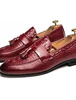 Недорогие -Муж. Комфортная обувь Полиуретан Осень На каждый день Мокасины и Свитер Нескользкий Черный / Винный