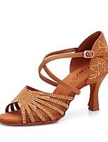 baratos -Mulheres Sapatos de Dança Latina Cetim Sandália Detalhes em Cristal Salto Alto Magro Personalizável Sapatos de Dança Camel