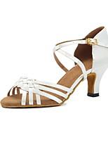 abordables -Femme Chaussures Latines Satin Sandale / Talon Boucle Talon Bobine Personnalisables Chaussures de danse Blanc