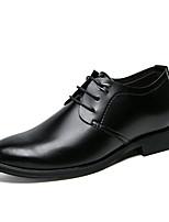 baratos -Homens Sapatos formais Couro Sintético Outono Casual Oxfords Preto / Casamento / Festas & Noite